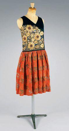 1920 dress by Paul Poiret.