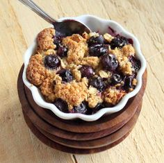 Baked French Toast topped with Blueberry Crisp. Vegan, easily GF. VSPCA FundRaiser Kickoff! | Vegan Richa