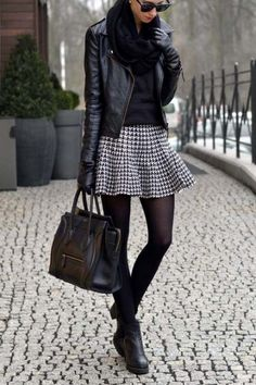 54 ideas skirt leather jacket outfit for 2019 54 Ideen Rock Lederjacke Outfit für 2019 Winter Skirt Outfit, Casual Winter Outfits, Winter Fashion Outfits, Look Fashion, Skirt Fashion, Fall Outfits, Black Leather Jacket Outfit, Tweed Outfit, Parisienne Chic