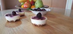 Mini yogurt cheesecakes - Easy and quick no-bake treat