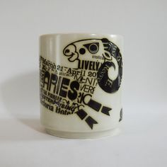 Aries John Clappison Hornsea Mug Hornsea Pottery, Pottery Mugs, Vintage Style, Retro Vintage, Birthday Fun, Retro Design, Teacups, Pyrex, Aries