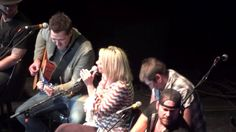 "Lauren Alaina covering Aretha Franklin's ""You Make Me Feel"" at Kicks 99's Guitar Pull in Pittsburgh, PA  (November 12, 2012)"