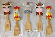 joguinho c/ 3 Colheres de pau decorada