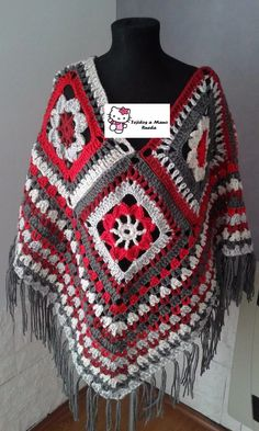 poncho artesanal tejido al crochet hilo o lana Crochet Poncho Patterns, Crochet Jacket, Knit Crochet, Chrochet, Granny Square Poncho, Granny Squares, Poncho Shawl, Clothes Crafts, Pants Pattern