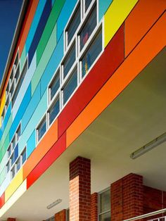 Colorful School Building with Eye Catching Exterior Design - Wahroonga Preparatory School, New South Wales, Australia School Building Design, School Design, Colour Architecture, School Architecture, Exterior Colors, Exterior Design, Cafeteria Design, School Plan, Colourful Buildings