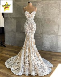 Very sexy lace wedding dress from XS to XXXXL Handmade Top Wedding Dresses, Cute Wedding Dress, Applique Wedding Dress, Wedding Dress Trends, Applique Dress, Country Wedding Gowns, Most Beautiful Wedding Dresses, Modest Wedding, Wedding Veil