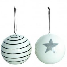Boules de Noël assorties A découvrir sur www.espritnordik.com