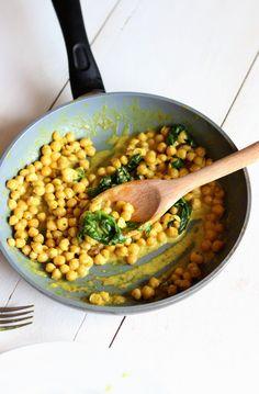 Curry de pois chiche vegan au lait de coco - Le cocon magique