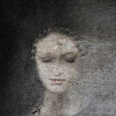 Päivi Hintsanen: The Artisan of Pearl Tears, 2017