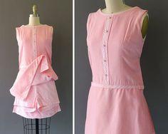 60er Jahre Rosa Picknick Playsuit Dress  1960er von CatinasVintage
