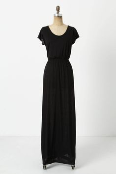perfect spring/summer black dress. I would totally pair this with a strand of turquoise beads.