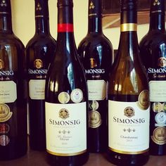 Medal wines from Simonsig. Chenin Avec Chêne Frans Malan Redhill Pinotage Merindol Syrah Chardonnay Mr Borio's Shiraz The wine estate is near Stellenbosch. Try the wine and their restaurant Cuveé is worth visiting. Cape Town, Farms, Wines, Restaurants, Bottle, Homesteads, Flask, Restaurant, Jars