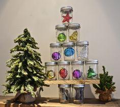 DIY:  Mason Jar Christmas Tree