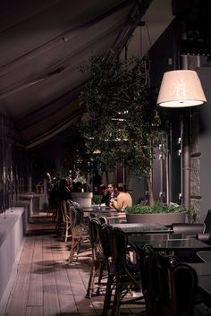 Mama Shelter Paris #interiordesign #MamaShelter #Bar #Terrasse #Restaurant #Paris