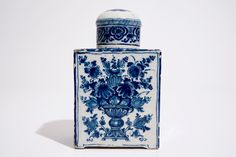 A large Dutch Delft blue and white tea caddy with original cover, ca. 1700