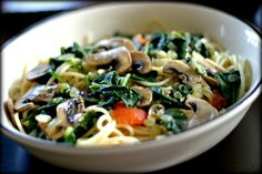 Spaghetti with Mushrooms, Spinach and Tomatoes in a Garlic Wine Sauce