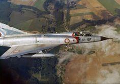 EAST GERMAN AIRFORCE (LUFTSTREITKRÄFTE DER NVA)    Mikoyan Gurevich MiG-17 F Fresco-C    906    Luftwaffen Museum    EDBG - Germany