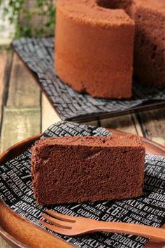 「とろけるチョコレートシフォンケーキ」ナナママちゃん | お菓子・パンのレシピや作り方【corecle*コレクル】