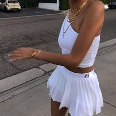 White Tennis Skirt, Tennis Skirts, Tennis Clothes, Tennis Outfits, Pleated Tennis Skirt, Nike Clothes, Look Fashion, Fashion Outfits, Fashion Women