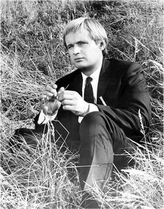"""(Not that there's anything wrong with that!) — I like to call this collection """"Illya Kuryakin is. David Mccallum, The Man From Uncle, Tv Series, Couple Photos, 1960s, Collection, Couple Shots, Couple Photography, Sixties Fashion"""
