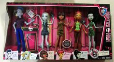 Monster High Student Disembody Council Doll 5 Pack Exclusive Gilda Goldstag #MonsterHigh #DollswithClothingAccessories