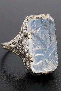 vintage carved moonstone ring // circa 1920