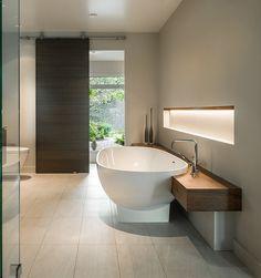 Aquabrass Turks free-standing bathtub and Zara deckmount 4 piece tub filler…