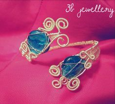 unique #bracelet with #blue #beads , #silver #plated #wire #3bjewellery #wirewrapping #intermediate #jewel #jewell #jewelry #jewelery #jewelrygram #picoftheday #handmade