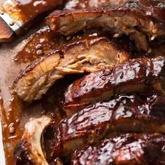 To-die-for pork ribs recipe! Succulent fall apart oven pork ribs rubbed with spices, slow cooked until tender and slathered with homemade barbecue sauce! Oven Baked Pork Ribs, Pork Roast In Oven, Ribs In Oven, Ribs Recipe Oven Quick, Pork Loin, Bbq Pork Spare Ribs, Barbecue Pork Ribs, Barbecue Sauce, Sticky Pork Ribs