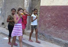 Niño, Los Niños, Chica, Color De La Piel, De La Ciudad