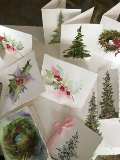Watercolor – holly leaves, wreaths, trees Source by sherryflaming Noel Christmas, Christmas Colors, Christmas Decorations, Watercolor Christmas Cards, Watercolor Cards, Paint Cards, Holly Leaf, Christmas Paintings, Xmas Cards