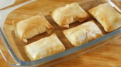 Receita de Folhadinhos de queijo de cabra com compota de abóbora. Descubra como cozinhar Folhadinhos de queijo de cabra com compota de abóbora de maneira prática e deliciosa!
