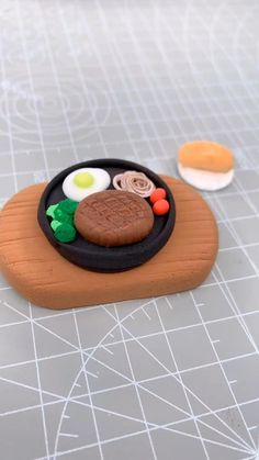 Polymer Clay Kawaii, Polymer Clay Charms, Clay Crafts For Kids, Tiny Cooking, Cake Decorating Videos, Pastry Art, Cute Clay, Tiny Food, Polymer Clay Miniatures