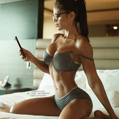 """Michelle Lewin on Instagram: """"⚫️❤️⚫️ By @leelhgfx Greetings from Saludos desde """""""