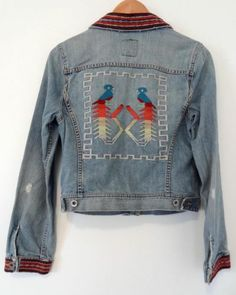 Lucky Brand Distressed Embroidered Faded boho Navajo Denim Jean jacket M