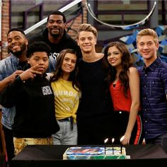 The only reason why I watch Game Shakers, in fact the only episodes I watched on Game Shakers, were the ones when Jace Norman appeared 😍😍❤❤ Nickelodeon Game Shakers, Nickelodeon Cast, Henry Danger Nickelodeon, Henry Danger Actor, Henry Danger Jace Norman, Cree Cicchino Boyfriend, Future Boyfriend, Jason Norman, Norman Love