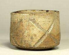 彫唐津茶碗 銘「巌」 東京国立博物館蔵