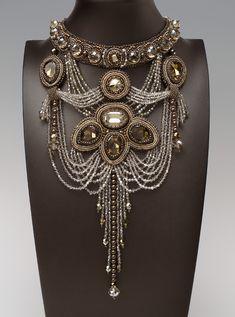 Medusa by Melissa Grakowsky - wow #bijouxfantaisie #bijouxcreateur #cadeaux #femme #ideescadeaux
