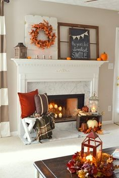 DIY Fall Living Room Decoration With Fireplace Ideas Don't forget the fireplace! Autumn coats with l Fall Home Decor, Autumn Home, Fall Living Room, Fall Bedroom, Cozy Living, Living Rooms, Seasonal Decor, Holiday Decor, Decorating Coffee Tables