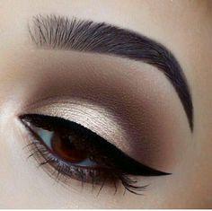 Shimmer Eye Makeup, Smokey Eye Makeup, Skin Makeup, Eyeshadow Makeup, Eyeshadows, Sexy Eye Makeup, Makeup Goals, Makeup Inspo, Makeup Tips