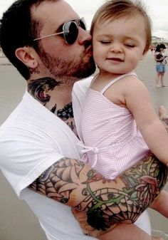 I want a tattooed up boyfriend/husband that would do anything for his child/children <3.