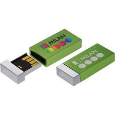Chiave USB mod. MILAN, con scocca in alluminio anodizzato opaca. La memoria USB è posizionata in un contenitore cromato brillante. La chiusura magnetica invisibile tiene le due parti ben ferme.  Dimensioni: 32 x 15 x 6 mm