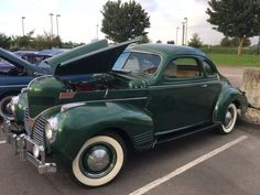 This 1939 Dodge Luxury Liner looks incredible in a medium jade green, and is reportedly one of just 100 remaining. Designed to celebrate the marque's 25th anniversary, this one is believed to have been restored sometime in 1980's Boise, Idaho, with work including new paint, interior refitt