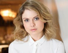 iZombie's Rose McIver Avoids French Fries and Wants You To Wear Less Foundation - The New Potato