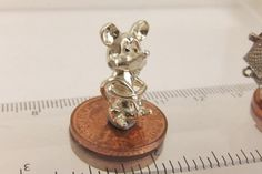 LARGE VINTAGE STERLING SILVER MOVING BOBBLE HEAD CARTOON MOUSE BRACELET CHARM in Jewellery & Watches, Vintage & Antique Jewellery, Vintage Fine Jewellery | eBay