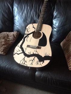 Bass Guitar Pedals Les Paul Guitar Lessons How To Watches Acoustic Guitar Art, Music Guitar, Cool Guitar, Playing Guitar, Ukulele, Guitar Case, Instruments, Guitar Painting, Guitar Shop