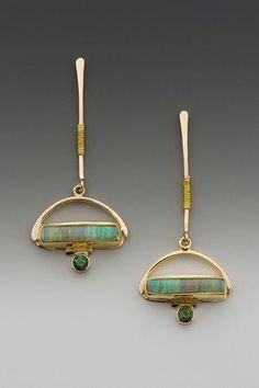Combines art deco and Native American aesthetics without losing individuality. Australian boulder opal and green tourmaline, & gold. Art Deco Schmuck, Bijoux Art Deco, Art Deco Jewelry, Schmuck Design, I Love Jewelry, Modern Jewelry, Fine Jewelry, Jewelry Design, Jewelry Gifts