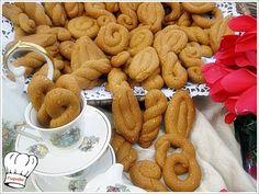 ΚΟΥΛΟΥΡΑΚΙΑ ΜΕ ΠΕΤΙΜΕΖΙ ΠΟΡΤΟΚΑΛΙ ΚΑΙ ΣΟΥΣΑΜΙ!!! | Νόστιμες Συνταγές της Γωγώς Greek Sweets, Greek Desserts, Greek Recipes, Biscuit Cookies, Cupcake Cookies, Greek Cake, Apricot Cake, Greek Cookies, Cookie Recipes