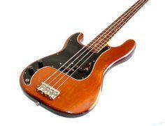 Left handed Fender Precision Bass 1976
