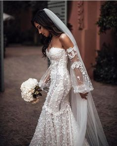 Wedding Dress With Volume Embroidery ★ All types of long sleeve wedding dresses for brides with most exquisite tastes can be found here! Loose Wedding Hair, Long Sleeve Wedding, Wedding Dress Sleeves, Dream Wedding Dresses, Dresses With Sleeves, Ugly Dresses, Civil Wedding Dresses, Dresses Dresses, Boho Wedding